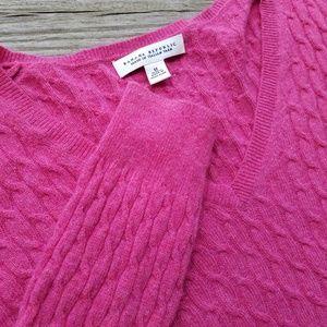 Beautiful pink Banana Republic sweater